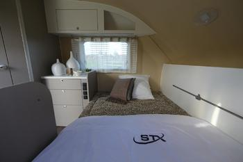 STX GROOM SUITE