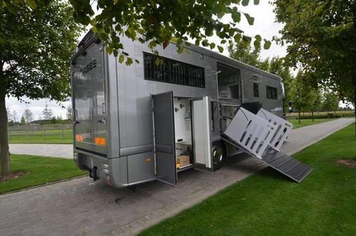 new volvo stx 7 chevaux